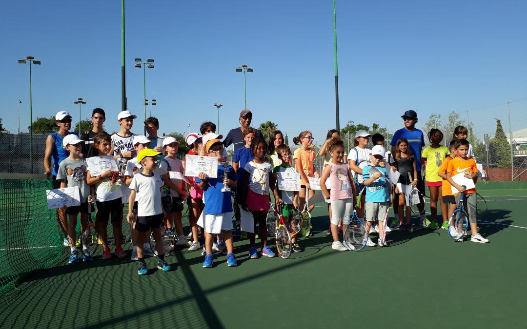 Final curso escuela de  tenis